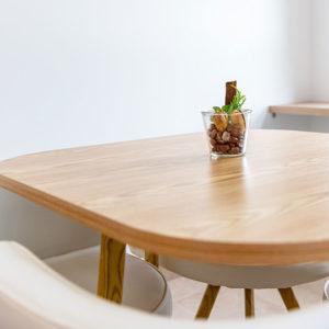 Table de Coworking à Marcheprime - MARKAPRIMA
